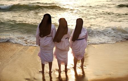 Kerala-nuns-enloying-life