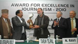 Award for excellence 2010 Tarun-moily