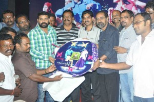 vachathi-film-release-CD