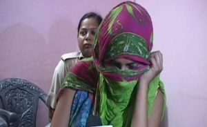 Meerut-gangrape-girl-Ajtak photo